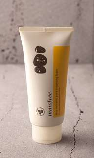 Innisfree Volcanic Pore Cleanser (300ml)
