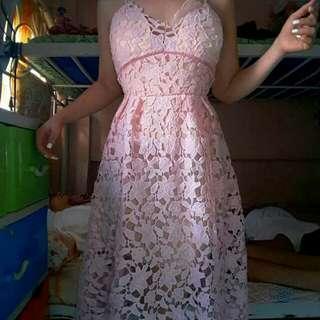Self portrait pastel pink lace dress