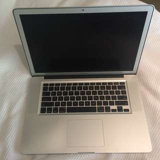 """15"""" Macbook Pro (2011)"""