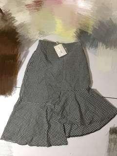 黑白格仔不規則荷葉邊魚尾半身裙