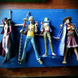 Monkey D.Luffy, Tragalfar Law,Roronoa Zoro,Dracule Mihawk Anime Action Figures