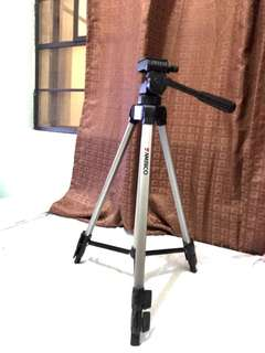 Ambico 54 inch Tripod with Quick Release V-0555 (USED)