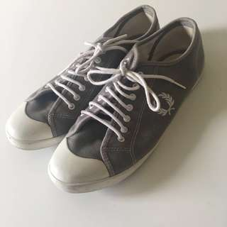 Fred Perry grey sneakers
