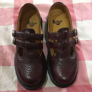 Dr.Martens-經典8065MARY JANE橫帶雙扣瑪莉珍鞋-女款-咖啡色