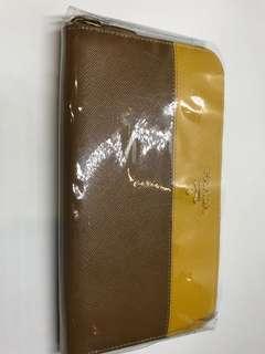 Prada 拉鍊全真皮 雙色長銀包 全新購自巴黎保證真品
