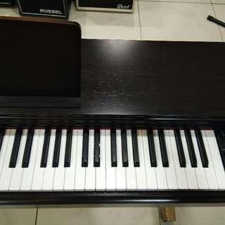 Piano YDP 103R