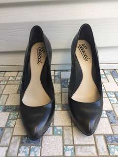 Grey black faded Gucci heels 37C
