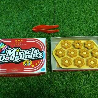 Miracle Doughnuts play set