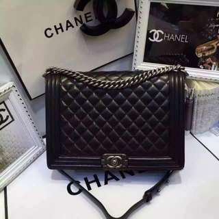 chanel-liked boy bag (medium size) 99% new
