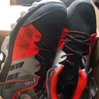 Adidas Cloudfoam Kanadia
