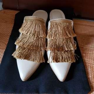 SALE excellent Jessica Priscilla Audra Fringe Mules / Flats sz 37 -- not zara / ittaherl shoes