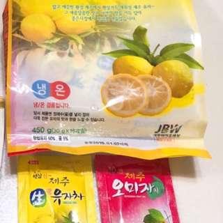韓國製柚子茶與五味子茶綜合隨手包