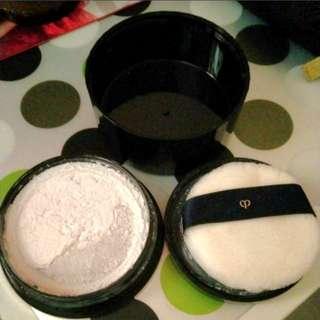Cle De Peau loose powder