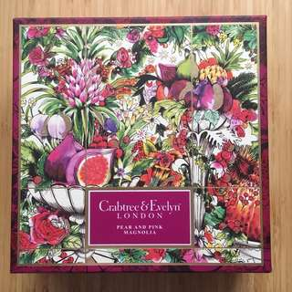 BNIB Crabtree-Evelyn  Pear & Pink Magnolia box