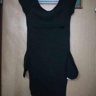 🚚 Black or White dress