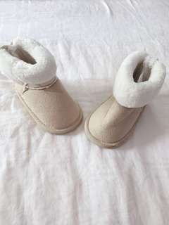 H&M Baby Girl Winter Boots ( EUR18/19)