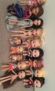 Bratz and Barbie dolls + accessories 💋