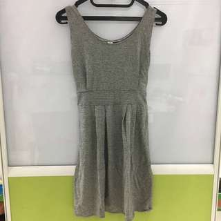 Dress Abu Baru