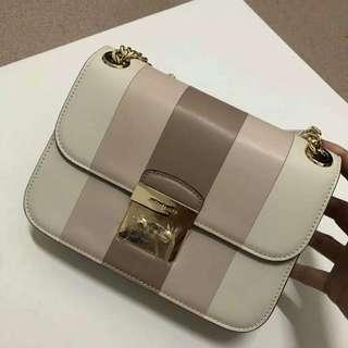 Michael Kors Cream Shoulder Chain Bag