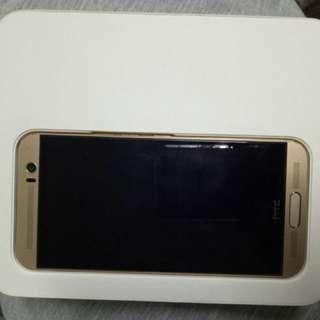 HTC 金色32g M9+