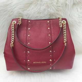 Readystock. Original Michael Kors Chain Large Studded in Cherry