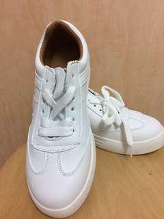 SHOPPY WHITE BRITISH CLASSIC SHOES SNEAKERS (M1)
