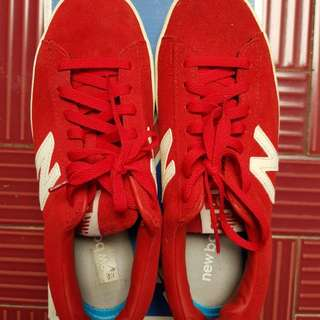 New balance shoes size 38