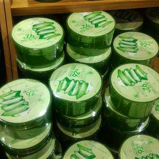 Nature Republic Aloevera 92% Soothing Gel