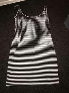 Singlet Backless Dress