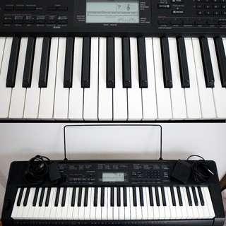 Casio Keyboard CTK-3200 with Stand and Free Cherub Sustain Pedal Foot