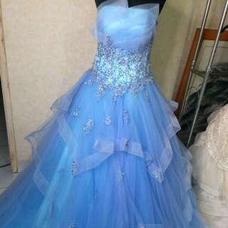 Saleee prewed gown