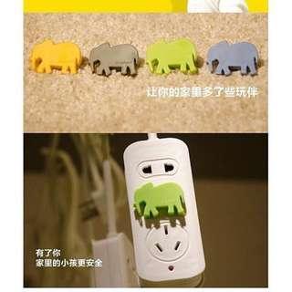 🚚 動物造型插座安全插