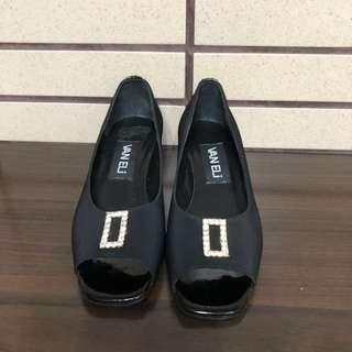 🚚 黑色魚口造型跟鞋 34號
