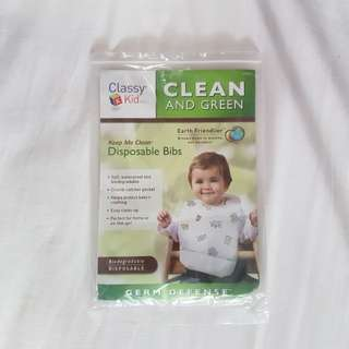 Classy Kid Clean And Green Disposable Bibs with Crumb Catcher (2 pieces)