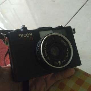 Ricoh f10