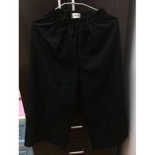 【喵喵二手專區】七分黑色休閒寬褲 二手衣 便宜出售
