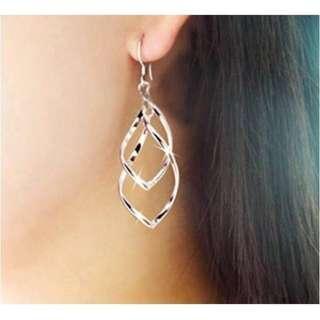 🚚 氣質銀色款圈圈耳環