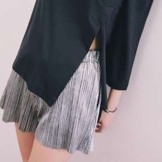 Metallic Shiny Pleated Short Shorts