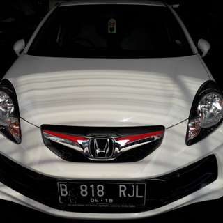 Honda Brio E Cbu At 2013 putih