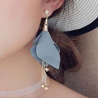 Anting Korea Fabric flowers tassel earrings