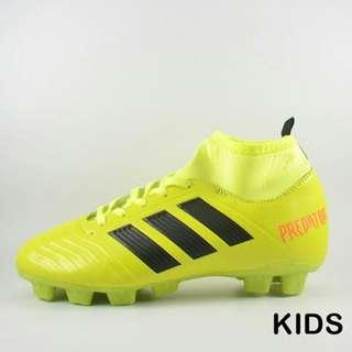 Sepatu bola adidas predator kids
