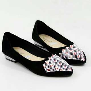 Flat hak sepatu pantopel casual santai  wanita PABLO hitam