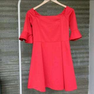 Sabrina belle red dress