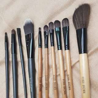 Set of Mac and Bobbie brown Brushes