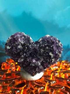 (A)💜型紫水晶擺件連底座, 白燈光下極紫🤩🤩🤩