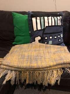 Soda sets - 2 cushions + 1 warm blanket