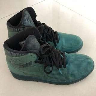 🚚 二手正品 Jordan high shoes
