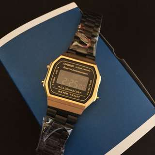 CASIO MATTE VINTAGE WATCH