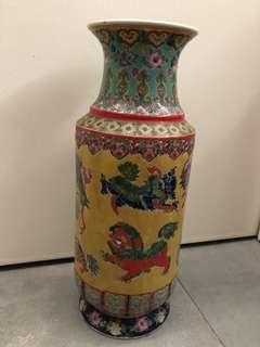 古董花瓶 有意pm