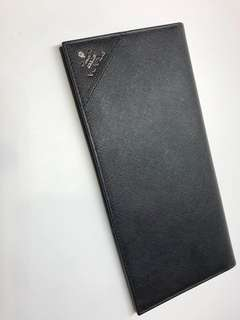 Prada Wallet兩摺 長真皮銀包 有護照套 23x11全新購自歐洲